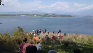 Baraj gölünde tekne battı: 18 yaşındaki Mustafa kayıp