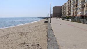 Tekirdağda tatilcilerin uğrak yeri sahiller ıssız kaldı