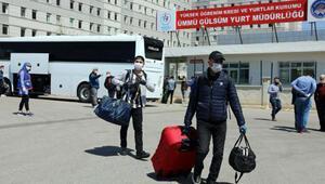 Gaziantepte karantina süresi dolan 520 kişi, evlerine uğurlandı