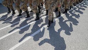 Son dakika Milli Savunma Bakanı Akar duyurdu: Terhis ve celplere 1 ay erteleme