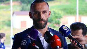 Fenerbahçede Galatasaraya transfer çalımı Vedat Muriqinin ardından...