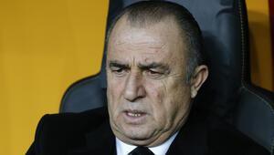 Galatasarayda 2 ayrılık Fatih Terim kapıyı gösterdi