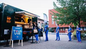 PSG, Fransada sağlık çalışanlarına yemek dağıtıyor