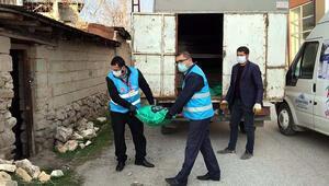 Sokağa çıkamayan kadın kömür istedi, Vefa ekibi getirdi
