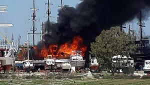 Antalyada gezi teknesinde yangın
