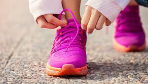 Spor ayakkabı nasıl temizlenir