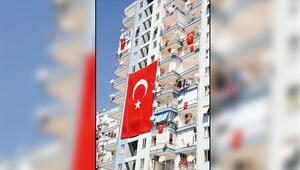 83 milyonu İstiklal Marşına davet etti