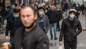 İstanbulda sokağa çıkma yasağı sonrası meydanlarda yoğunluk oluştu