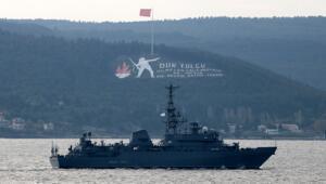 Rus keşif gemisi Ivan Khurs Çanakkale Boğazından geçti