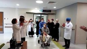Elazığda koronavirüsü yenen 11 kişi alkışlarla taburcu oldu