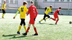 Gençlere futbol oynamak serbest