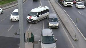 Sabah saatlerinde görüntülendi Yoğun trafikte bunu da yaptılar