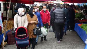 Trabzondaki pazarda Corona Virüsü unutuldu