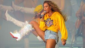 Beyoncenin en iyi 10 görünümünü oyluyoruz