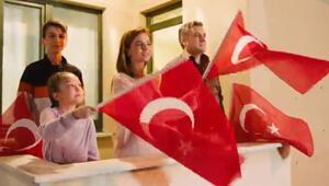İletişim Başkanlığından İstiklal Marşını Balkonlardan okuyalım daveti