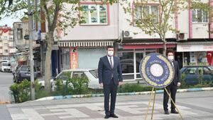 Manyasta Atatürk Anıtına çelenk sunuldu