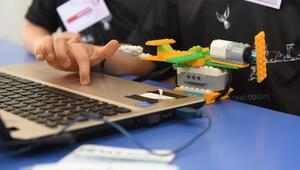 Netaştan 100 çocuğa online STEM eğitimi