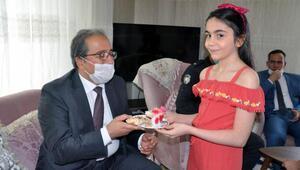 Reyhanlı'da 23 Nisan Ulusal Egemenlik ve Çocuk Bayramı kutlamaları