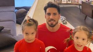 Trabzonsporlu futbolculardan 23 Nisan Ulusal Egemenlik ve Çocuk Bayramı mesajı