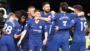 Premier Lig devlerinden Chelseade futbolcular 'indirelim' dedi, kabul edilmedi
