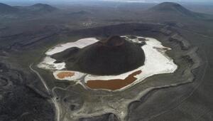 Dünyanın nazar boncuğu Meke Gölü, kurudu