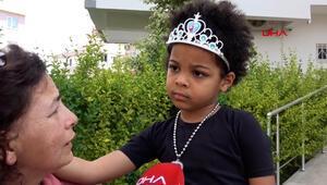 Minik Zeynep, Afrikadaki babasını getirene 10 kutu şeker alacak