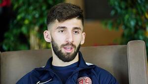 """Doğukan Sinik: """"Emre Belözoğlu ile aynı takımda oynamak isterim"""""""