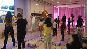 Korona günlerinde çocuklara online yoga imkanı