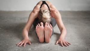 Omuz ve Sırt İçin Evde Yapabileceğiniz Yoga Pratiği