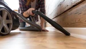 Evde temizlik yaparken sakatlanmamak için bunlara dikkat edin