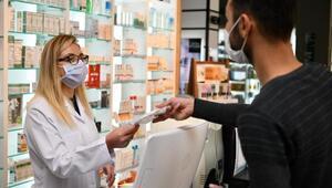 Ispartada eczanelerde maske dağıtımına başlandı