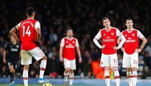 Corona virüs sonrası Premier Ligde bir ilk Arsenal idmanlara çıktı