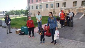 Suudi Arabistandan Malatyaya getirilen 336 Türk, memleketlerine uğurlandı