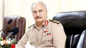 Uzmanlar Hafter'in son hamlesini değerlendirdi: Amaç Libya'yı ikiye bölmek