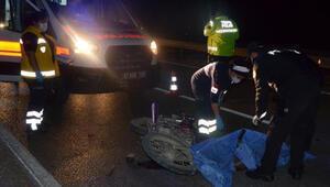Kamyona arkadan çarpan motosikletin sürücüsü öldü