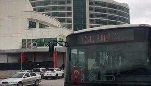 Konya Büyükşehir Belediyesi, sağlık çalışanlarının ulaşımını sağlayama devam ediyor