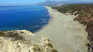 Dünyaca ünlü antik plajda sessizlik hakim