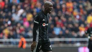 Son dakika Beşiktaş haberleri  Atiba Hutchinson krizi: İndirim değil, zam bekliyorum