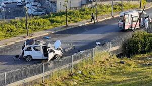 Son dakika TEMde feci kaza: Otomobil yan yola uçtu