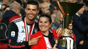 Cristiano Ronaldodan annesine 100 bin Euroluk hediye