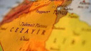 Cezayirde asgari ücret artırıldı