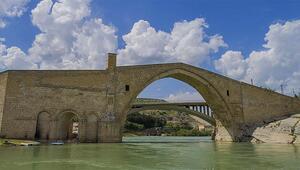 Malabadi Köprüsü ve Hasuni Mağaralarında Kovid-19 sessizliği