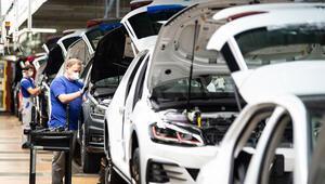 Alman otomotiv sektöründe iş durumu nisanda kötüleşti