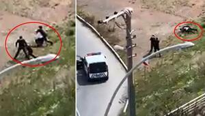 2 kardeşin polislere saldırdığı anlar kameraya yansıdı