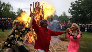 Kakava ateşi sembolik olarak yakıldı