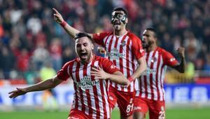 Galatasaraydan Fenerbahçeye 4. transfer Sinan Gümüş mü Son dakika transfer haberleri...