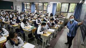 Corona Virüsün ortaya çıktığı Wuhanda okullar açıldı