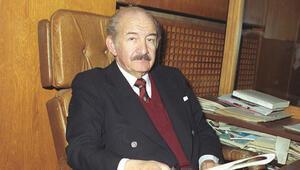 Tiyatronun öncü ismi: Haldun Taner anılıyor