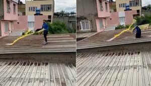Uçurtmayı almak için çıktığı çatı çökünce 5 metreden düştü