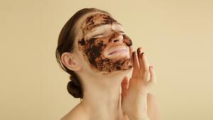 Evdeyken cildinize ne sıklıkla peeling yapmalısınız